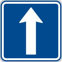 Dopravní značka: IP 4b Jednosměrný provoz.