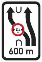 Dopravní značka: IS 10d Návěst změny směru jízdy s omezením