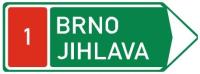 Dopravní značka: IS 1f Směrová tabule před nájezdem na dálnici (vpravo)