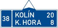 Dopravní značka: IS 3b Směrová tabule (s dvěma cíli)