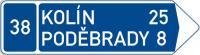 Dopravní značka: IS 3d Směrová tabule (s dvěma cíli)