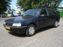 :  > Peugeot 405 Break 1.6 (Car: Peugeot 405 Break 1.6)