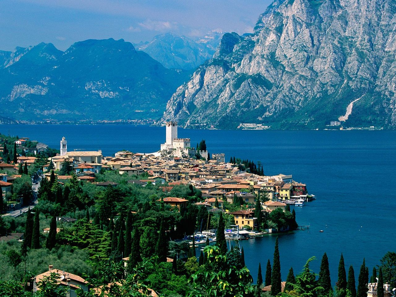 Garda Italy  City new picture : ... use the form below to delete this lake garda malcesine itálie italy
